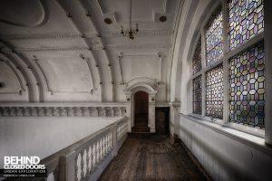 Kinmel Hall - Ballroom balcony