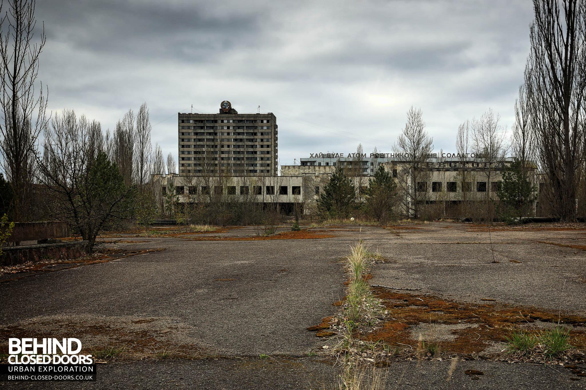 A Walk Through Pripyat Ghost Town 187 Urbex Behind Closed