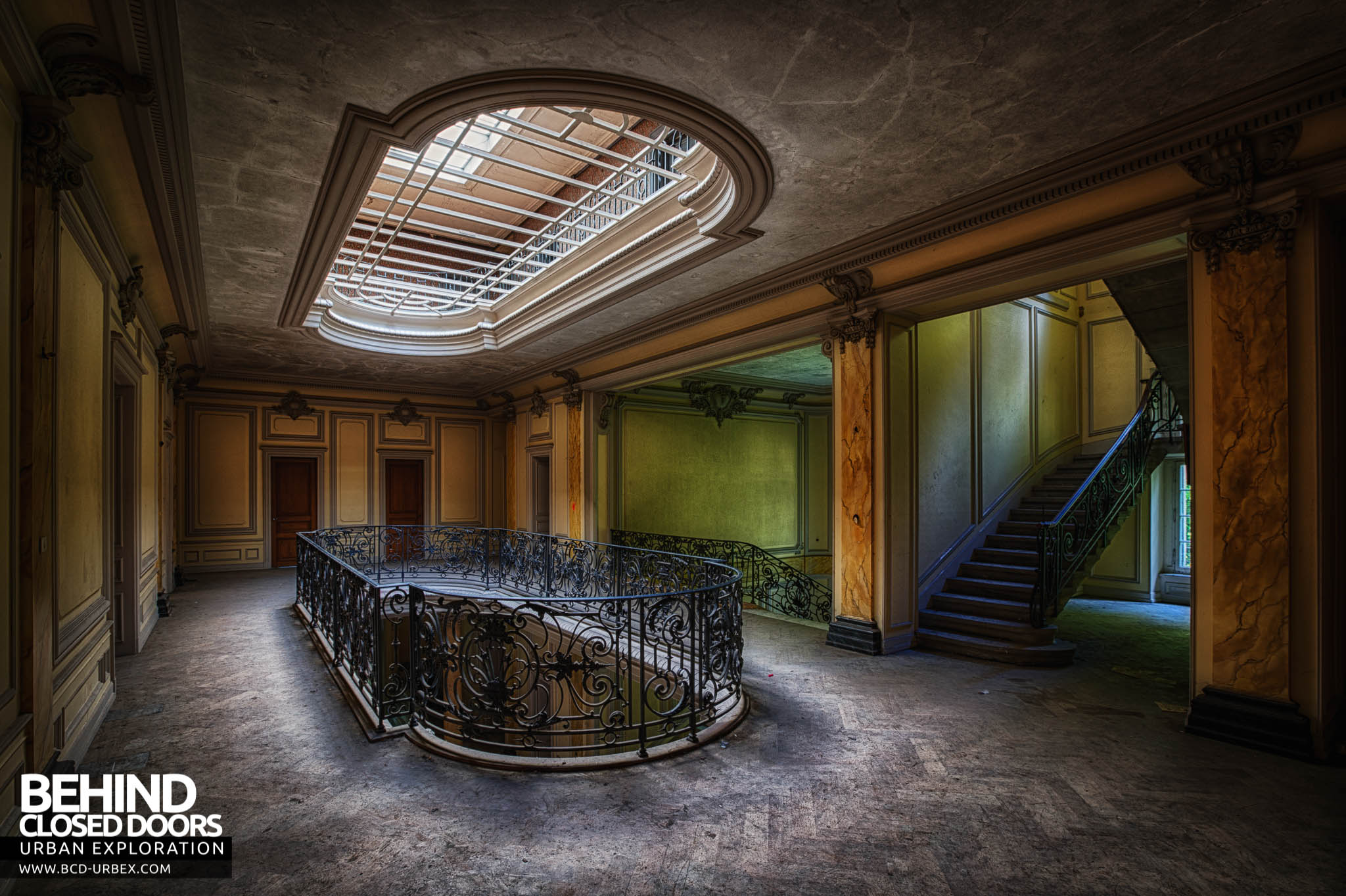 Teau Lumiere France Urbex Behind Closed Doors