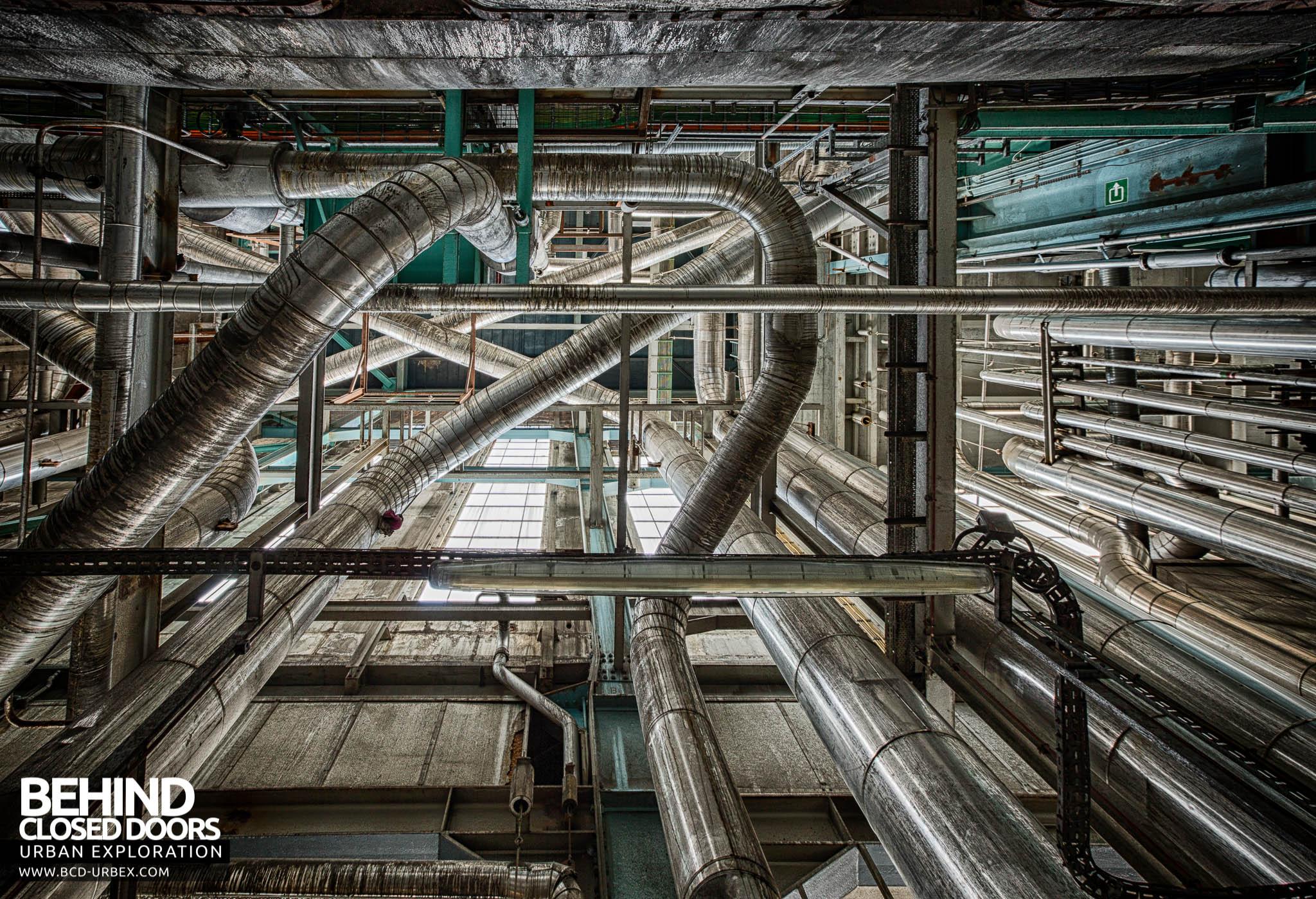 Ruien Power Plant Kluisbergen Belgium 187 Urbex Behind