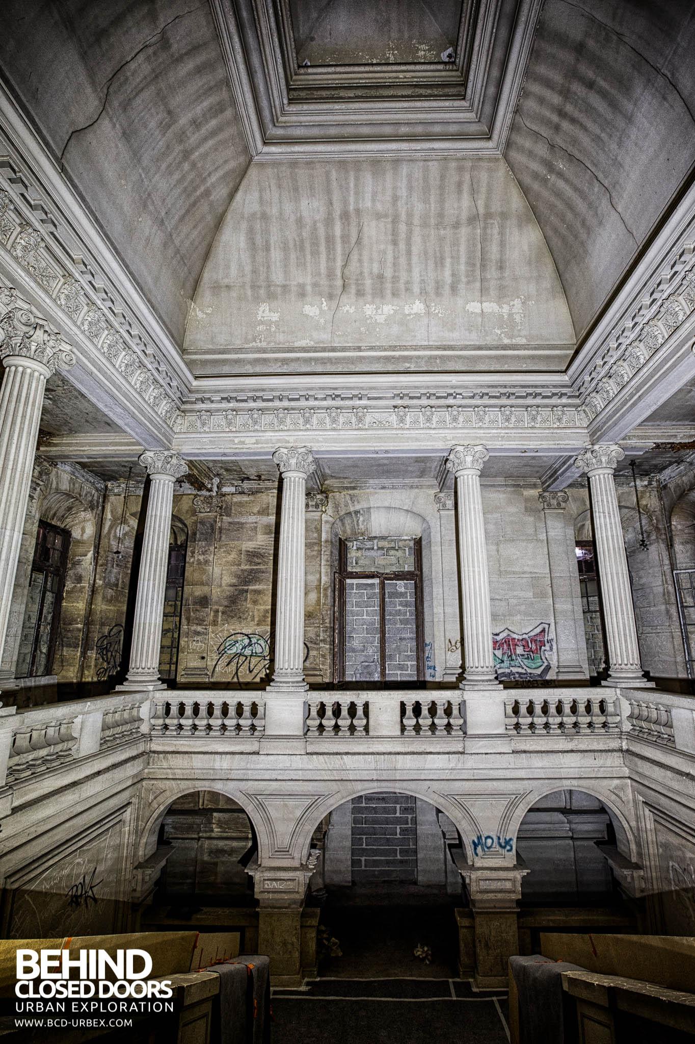 ch teau de carnelle france urbex behind closed doors urban exploring abandoned locations. Black Bedroom Furniture Sets. Home Design Ideas