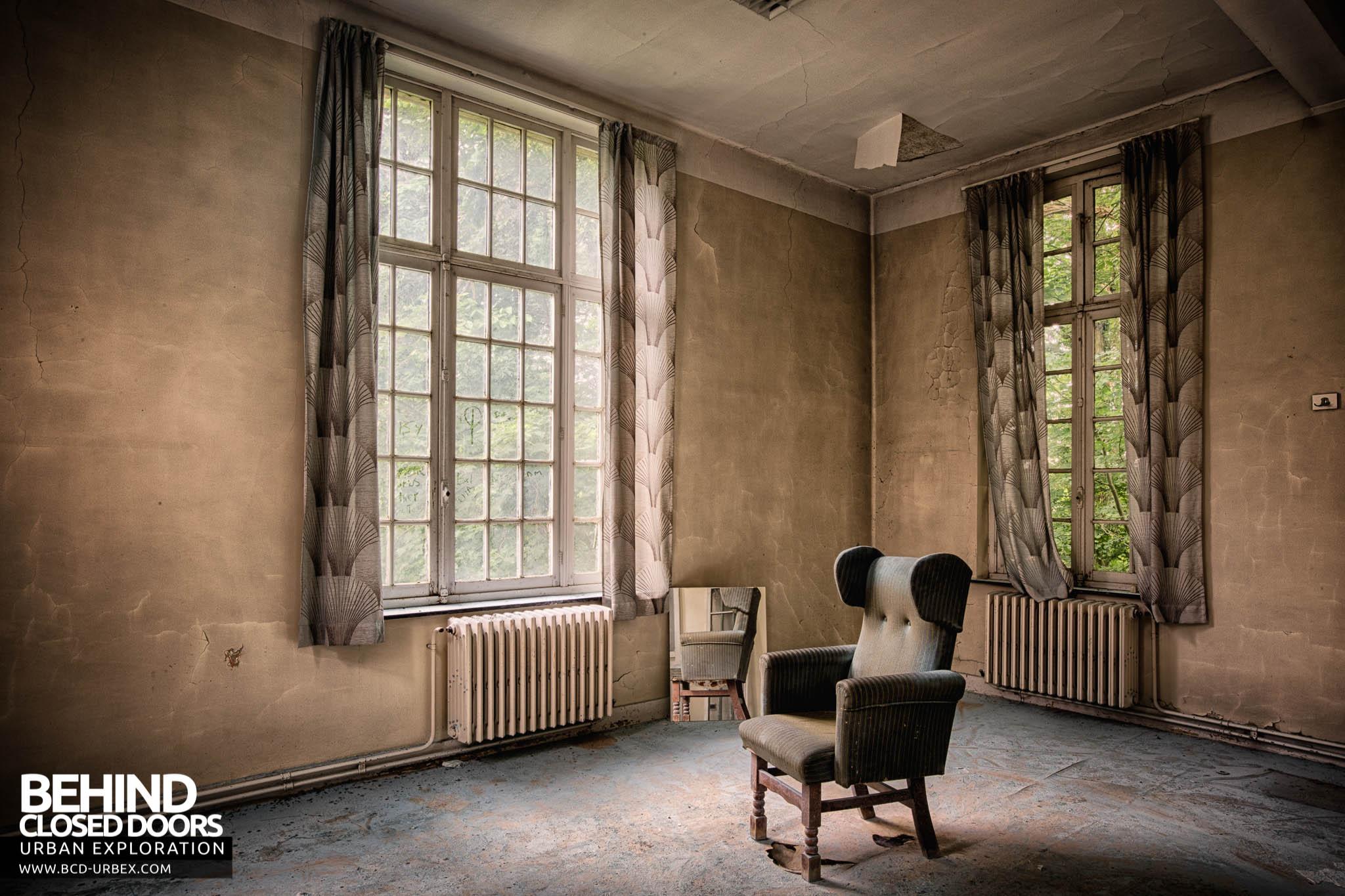 Behind Closed Doors : Sanatorium salve mater belgium urbex behind closed