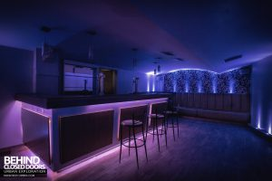 D9 Nightclub - The Blue Bar