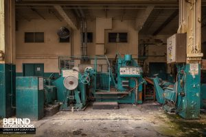 Fletchers Paper Mill - Roller and cutter