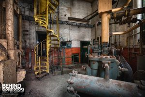 Grimsby Ice Factory - Pumps and valves
