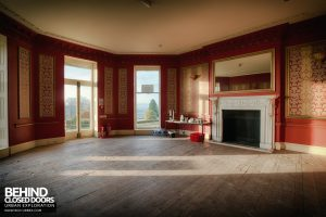 Stanford Hall - KitKat room