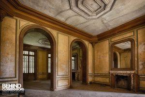 Château Japonais, France - Grand room