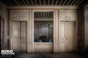 Château P12 - Mirror room