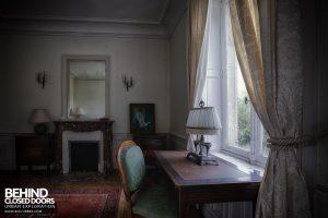 Château Sous Les Nuages - Nice bedroom