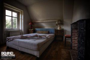 Château Sous Les Nuages - Another bedroom