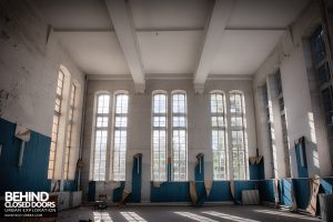 Hospital Plaza - Inside the tower