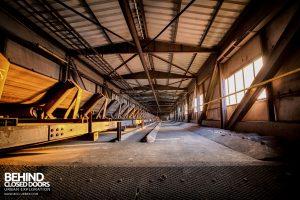 Bergwerk West Friedrich-Heinrich, Germany - Conveyor between buildings