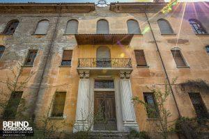Blue Chapel Monastery, Italy - Front door