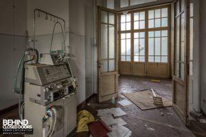Hospital SC, Italy - Dialysis Machine