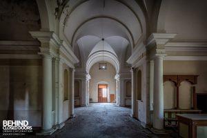 Manicomio di Colorno, Italy - Columns
