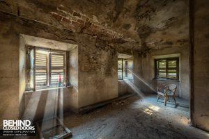 Palazzo di L - Light beams