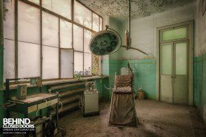 Manicomio di Racconigi - Old operating room