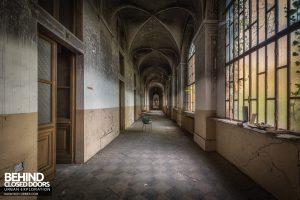 Manicomio di Racconigi - Lots of long corridors
