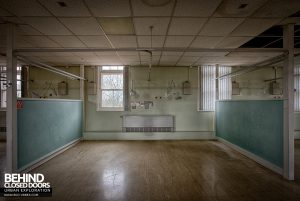 Selly Oak Hospital - Ward space