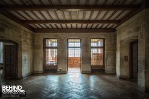 Carmel College - Side room