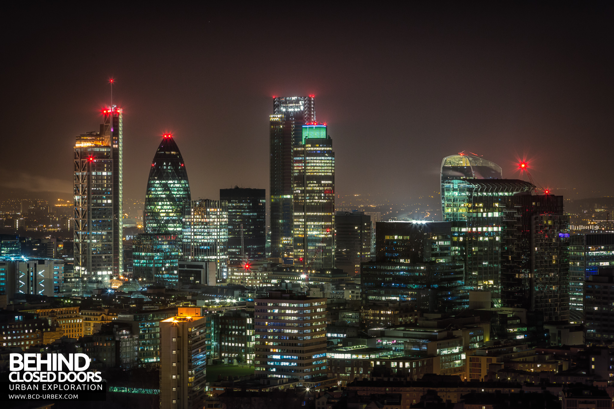 Queen Elizabeth House London City Rooftops January 2015 187 Urbex Behind