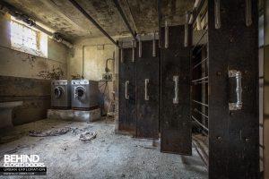 Mono Orphanage, Italy - Laundry room