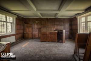 Pitchford Hall - Panelled room