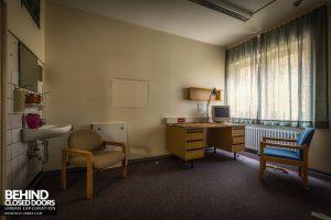Psychiatrie V Germany - Consultation room