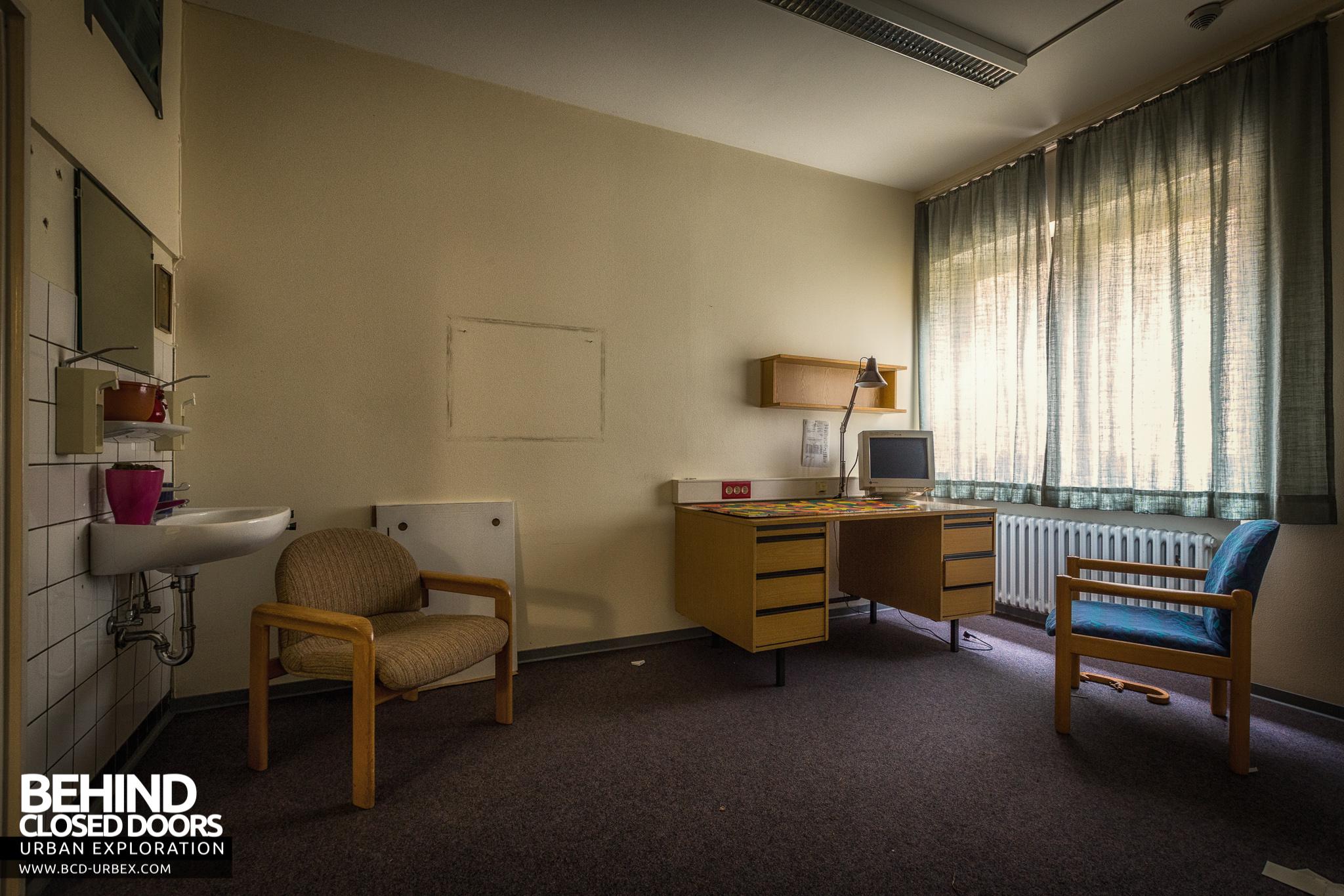Psychiatrie V Abandoned Hospital Germany 187 Urbex