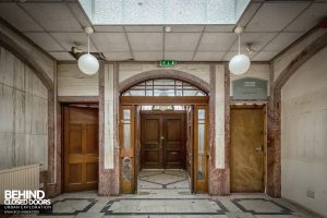 Buxton Crescent - Spa reception