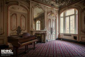 The Grand Hotel, Birmingham - Piano