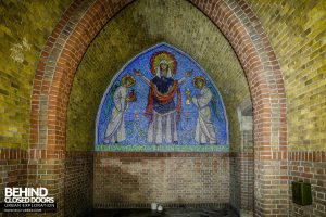 Rainbow Church, Netherlands - Mosaic tiles
