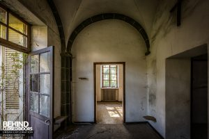 Monastero MG, Italy - Arched room