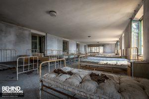 Red Cross Hospital, Italy - Dorm room