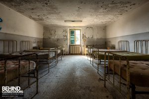 Red Cross Hospital, Italy - Beds in room