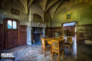 Town Mansion - Dining room