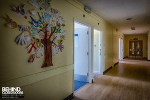 Queen Elizabeth II Hospital - Tree on wall