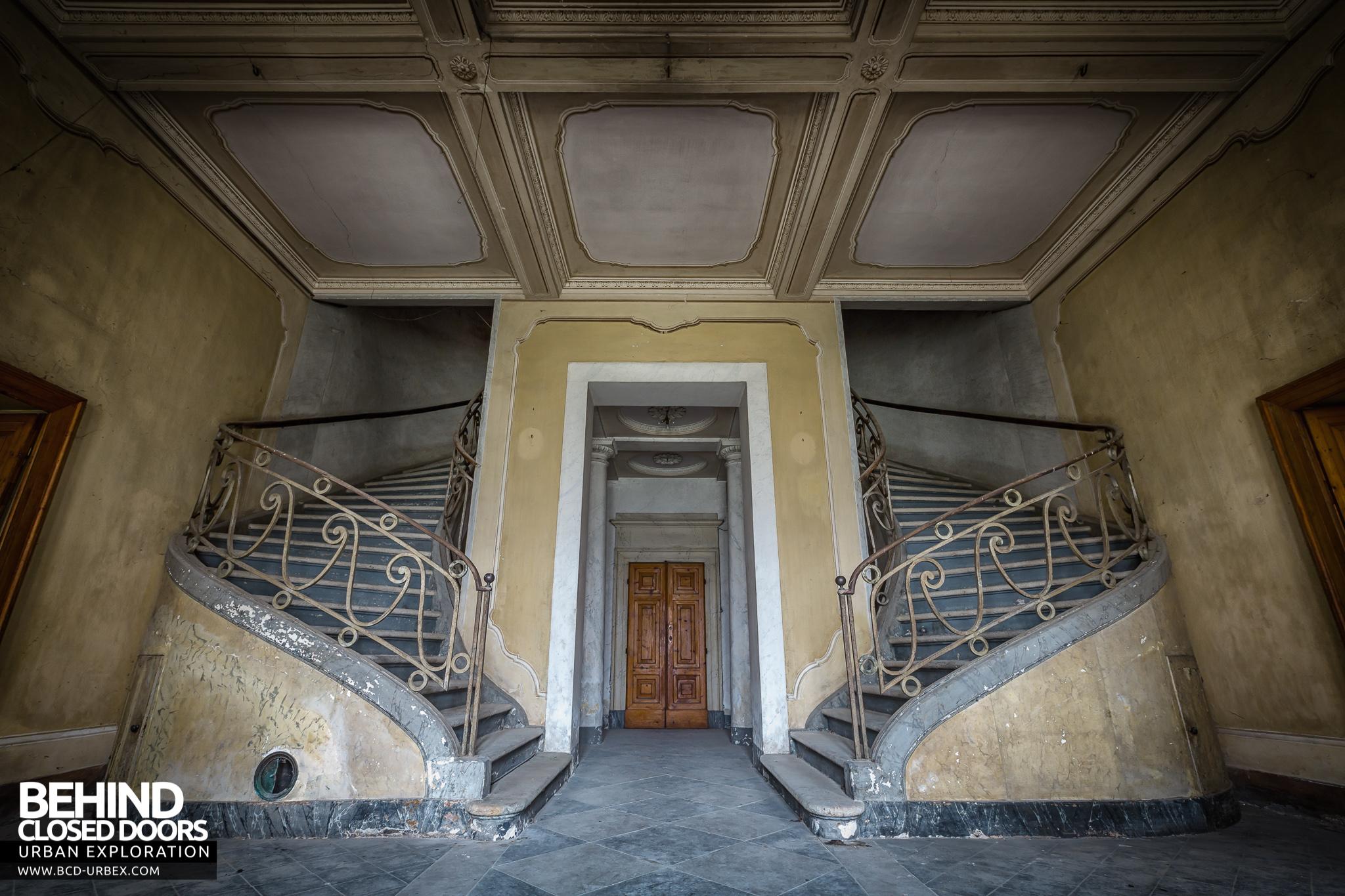 Palace Casino Italy 187 Urbex Behind Closed Doors Urban Exploring Abandoned Locations