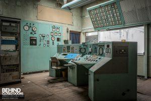 RAE Bedford - Control desk