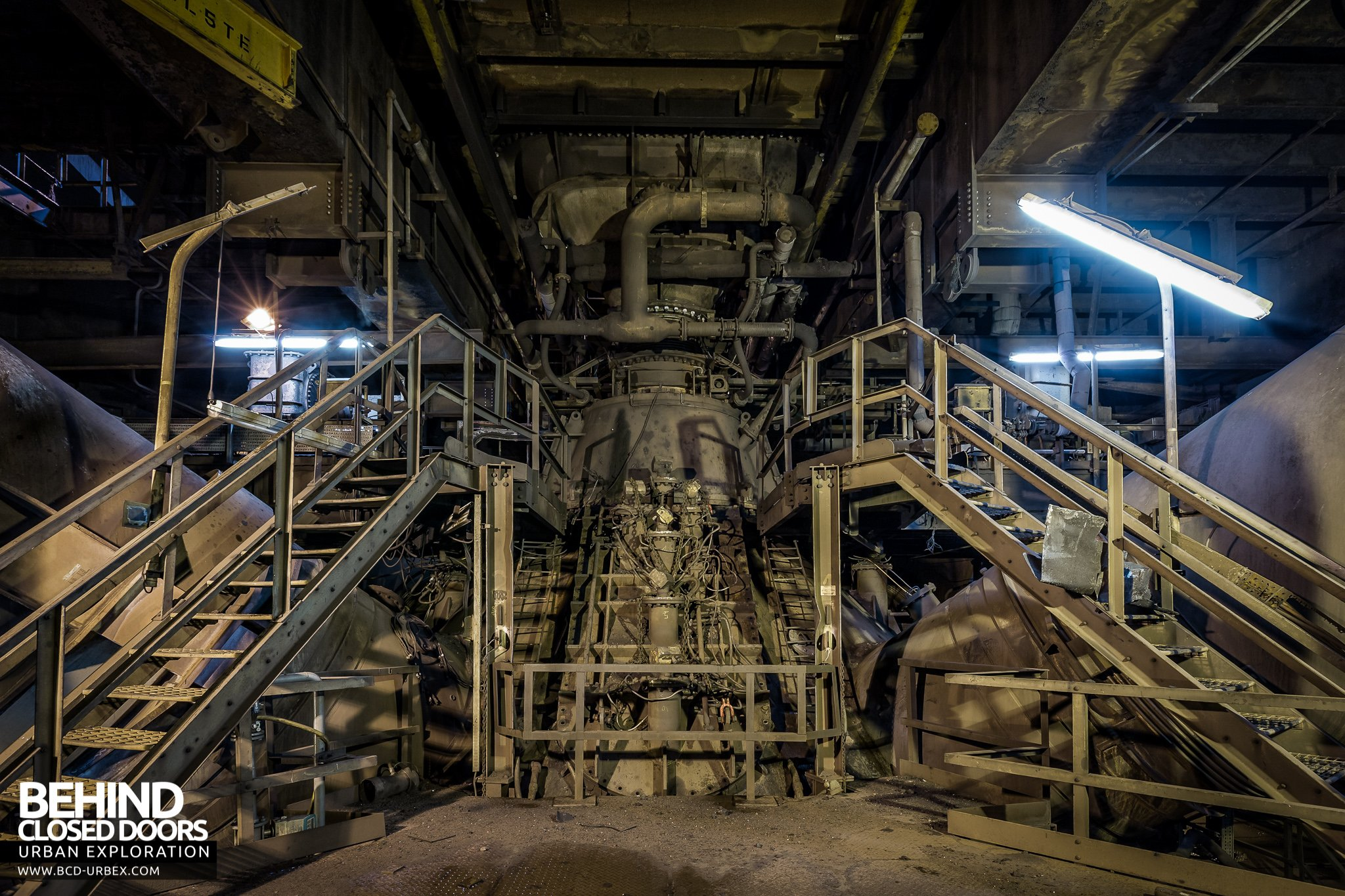 Control of Hot Metal Silicon and Sulphur in Blast Furnace