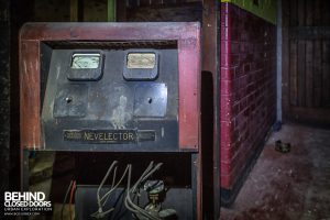 Danilo Cinema, Hinckley - A Nevelector