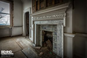 Doughty House, Richmond - Fireplace