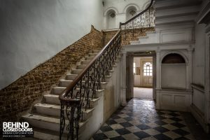 Doughty House - Staircase