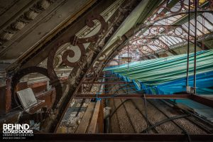 Coal Exchange, Cardiff - Original roof ironwork