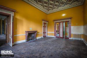 Tottenham House - Yellow room
