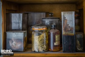 Twin Morgue, Belgium - Sample jars