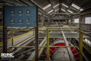 Winnington Works - Gauges above mixer