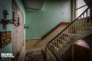 Barbican Hotel, Lincoln - Staircase