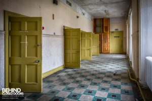 Sunnyside Hospital - Cell doors
