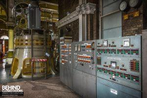 Abbey Mills - Control panel